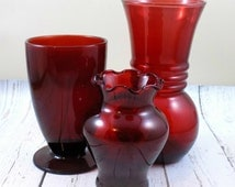 Red Glass Vases,Ruby,scalloped,fluted,Anchorglass,fluted,november finds,christmas decoration,holiday decor,winter trends,christmas wedding