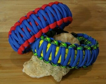 KING COBRA Customized Paracord Bracelet.  Your choice of colors and size.