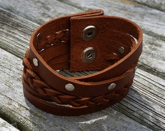 Brown leather bracelet, leather cuff with plait and studs