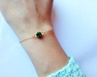 Emerald bracelet , green bracelet, minimalist bracelet, tiny jewelry, delicate bracelet, emerald jewelry, tiny bracelet , pretty bracelet