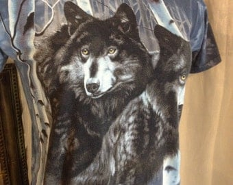 T-Shirt Wolves Vintage/ Free Shipping! The Mountain 100% Cotton Medium T-Shirt Blue handDyed Gorgeous!