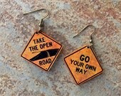 ROAD SIGN EARRINGS - Fun to wear - Go your own way - Take the open road! (T-2)