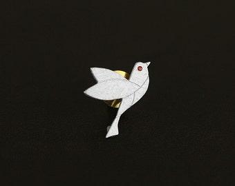 Little Flying Bird Brooch Little Dove Shape Gemstone Eyes Charm Copper Pin Sterling Silver Brooch Women Brooch