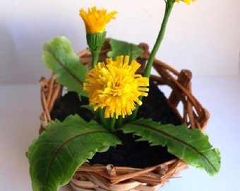 flower basket with dandelions, bouquet of dandelions, table flowers, artificial flowers, summer gift for her, little present