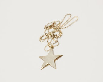 Free Shipping Vintage Sterling Star Necklace.