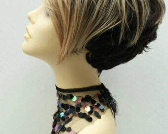 Short Styled Black with Blonde Color Wig with Premium Heat Resistant Fiber. [51-273-Gale-TT16/OM4]