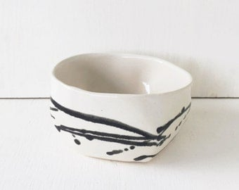 Ceramic Everyday Bowl / Black and White / Cereal Bowl / Salad Bowl / Snack Bowl / Soup Bowl / The Cove Bowl / READY TO SHIP