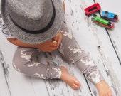 Baby Leggings  Toddler Leggings  Unisex Leggings  Deer Leggings  Deer Clothing  Baby Shower Gift  Grey Boys Pants  Grey Girls Pants