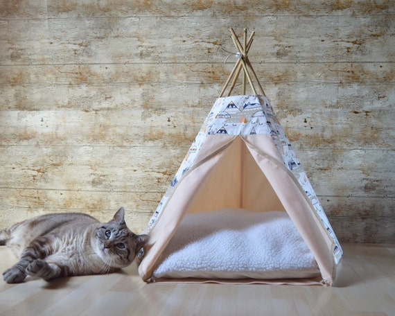 tipi chien tipi chat avec coussin motif par hiptepeehooray sur etsy. Black Bedroom Furniture Sets. Home Design Ideas