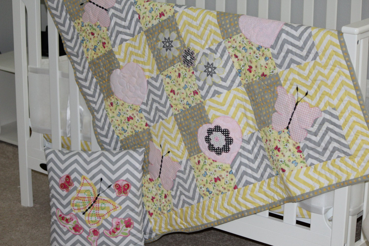 Baby Quilt, Gray and Yellow baby quilt, Gray chevron baby quilt ... : yellow and gray baby quilt - Adamdwight.com