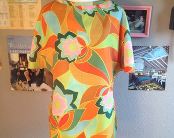 1960's Psychadelic Mod Floral Alex Colman Top/ Size Small