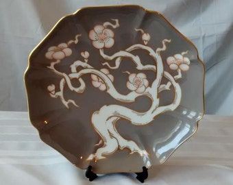 """FITZ AND FLOYD Vintage plate  """"Plum Blossom"""" grey and peach Asian-design from 1982"""