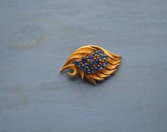 Vintage Blue Rhinestone Leaf Swirl Gold Tone Brooch Pin