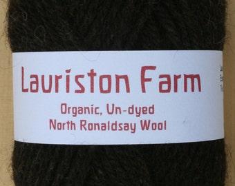 Aran 50g. Organic un-dyed North Ronaldsay Wool. Colour: Peat