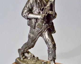 U.S. Marine Pewter Sculpture Signed Michael Ricker 1992 Desert Storm Iraq War Soldier Figurine Adam