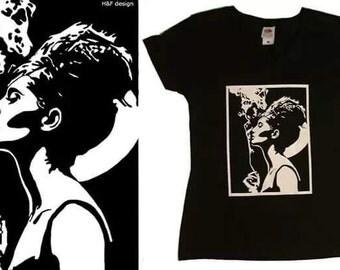live art T shir black and white