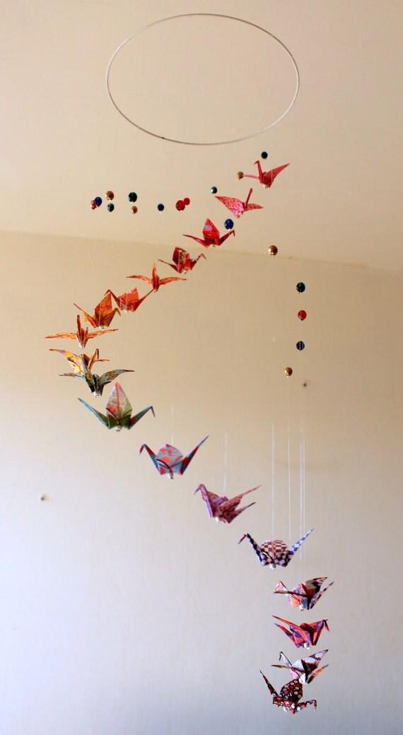 mobile b b origami spirale grues motifs nippon et. Black Bedroom Furniture Sets. Home Design Ideas