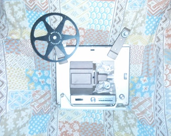 Vintage 1960's Bell & Howell Auto load Super 8 Projector