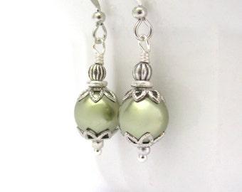 Swarovski Crystal Pearl Earrings, Forest Green Pearl Earrings, Bridesmaid, Bridal Bride Wedding, Gift for Her, Affordable Earrings Jewelry