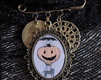 Antiqued Brass Halloween Cat and Hot Air Balloon Scarf Pin , Whimsical Halloween  Jewelry Brooch Pin