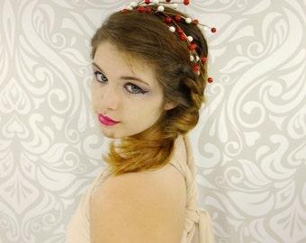 Fairy Headband, Red and White Berry Headband, Bridesmaid, Bridal Headband, Woodland Wedding, Elven Head Piece, Fairy Wedding, Candy Cane