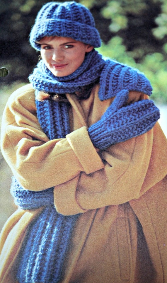 Knitting Patterns For Scarves And Mittens : Knitting Patterns Hat Scarf and Mittens One Size by elanknits