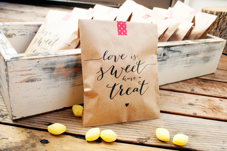 Wedding Favor Bags Paper : Wedding Favor Bags Kraft Paper Favor Bags Love is Sweet