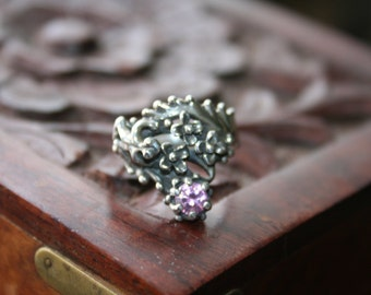 SALE...Vintage Sterling Silver Frog flowers pink quartz   stone Ring Twig Diorama  Stunning in size 7
