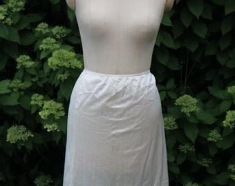 Vintage cream-colored half slip XL 36-44 waist