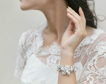 Wedding Pearl Bracelet ,Wedding Opal Bracelet, Ivory Freshwater Pearl Cuff Bracelet, Swarovski Crystal Wedding Jewelry
