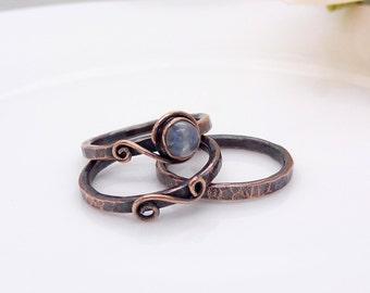 Blue white moonstone ring, Copper stacking rings, hammered copper ring set, moonstone gemstone stackable handmade size 6, M medium