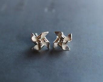 small pinwheel earrings in sterling silver