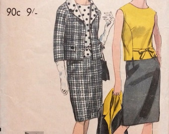 VOGUE 6700 vintage sewing pattern. Mad Men, wiggle, Mid century. Early 60's womens retro suit and blouse. Bust 32""
