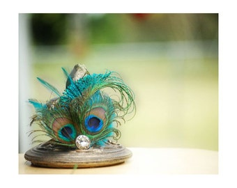 Wedding Peacock Sword Teal Rooster Feathers & Rhinestone Gem. Comb / Clip / Brooch Pin for Clutch / Bag. Bride Bridal Bridesmaid Fascinator