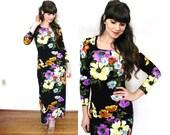 70s Maxi Dress / 1970s Dark Floral Dress