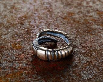 Earthworm Ring