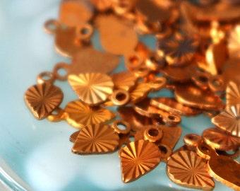 Tiny Vintage Brass Charm - 5x7 Spade - Jewelry  Making Supplies (50 pieces)