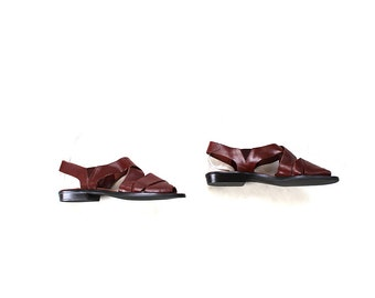 FLASH SALE SALE Vintage Leather Sandals 7.5 / Brown Leather Sandals / Woven Huaraches