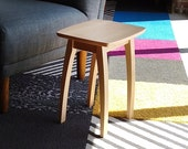 """17"""" Accent Table in Maple"""