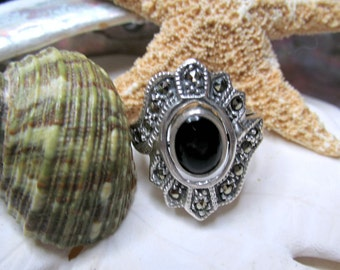 Sterling Silver Flip Ring Reversible Onyx and MOP Marcasite 7.12g  SZ 7.75