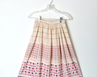Vintage 80s Ribbed Flared Skirt Pink and beige Graphic print Elastic Waistband / Size Small