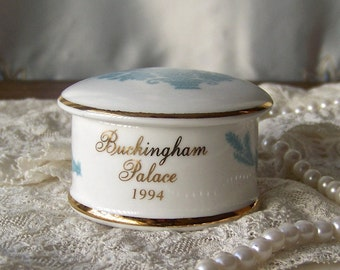 Vintage Trinket Box Buckingham Palace 1994 Blue Floral Jewelry Storage Gift Box London Souvenir