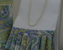 Tea Towel in Blue and Green Paisley, Housewares Kitchen Gift, Guest Bathroom Hand Towel, Beach Home Décor, Housewares Blue Hand Towel