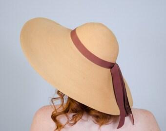 1940s vintage hat / wide brim straw hat / Brewster