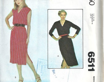 1970s Misses 1 Piece Dress V-Neck Side Vents Sleeveless Or Long Sleeves McCall's 6511 Bust 32 1/2-34 Uncut Vintage Womens Sewing Pattern