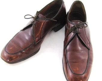 70s Mens Shoes Mahogany Leather Shoes Leather Shoes Mens Dress Shoes Mens Size 7 1/2 Shoe 1970s Lace Up Shoes Brown Dress Shoes Barker Shoes