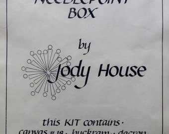 Jody House | ROUND NEEDLEPOINT BOX | Needlepoint Kit | Needlepoint Pattern | Canvas | Pins
