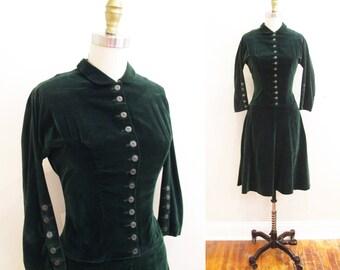 Vintage 1950s Dress | Forest Green Velvet and Buttons | 1950s Velvet Dress | size small