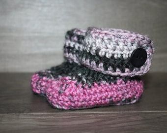 3-6 Mo Baby Girl Pink and Black Baby Booties- Photo Prop | New Mom | New Baby | USA Made | Ready to SHIP