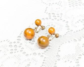 Vintage 1940s Marbled Yellow Bakelite Screw Back Earrings